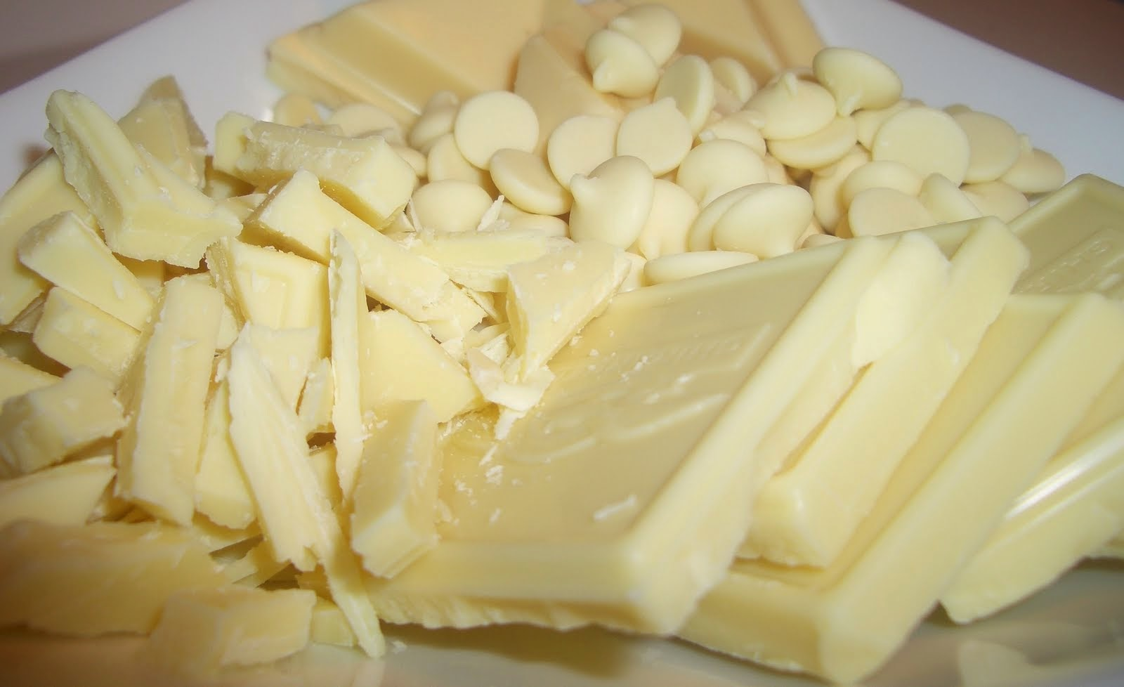 http://foodimentary.com/2013/09/22/national-white-chocolate-day/