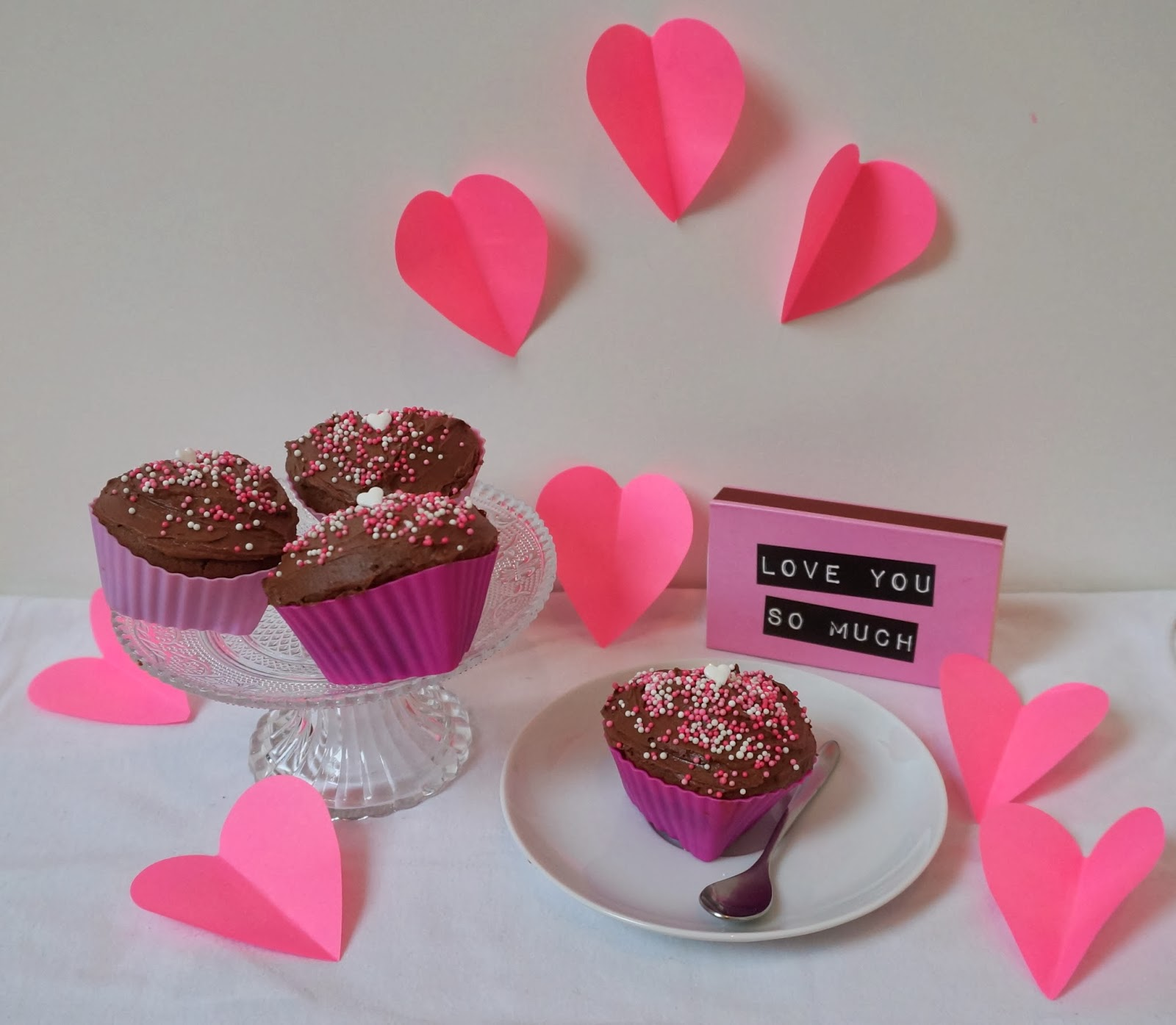 Valentinstag Cupcakes in Herzform