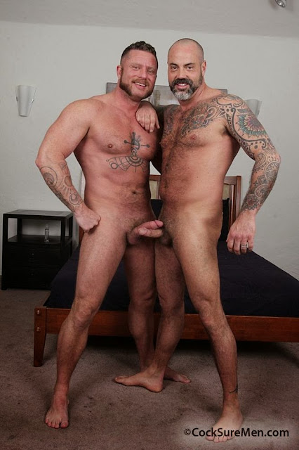 http://pagepakomx.blogspot.com/2014/04/pareja-scotty-rage-charlie-harding.html