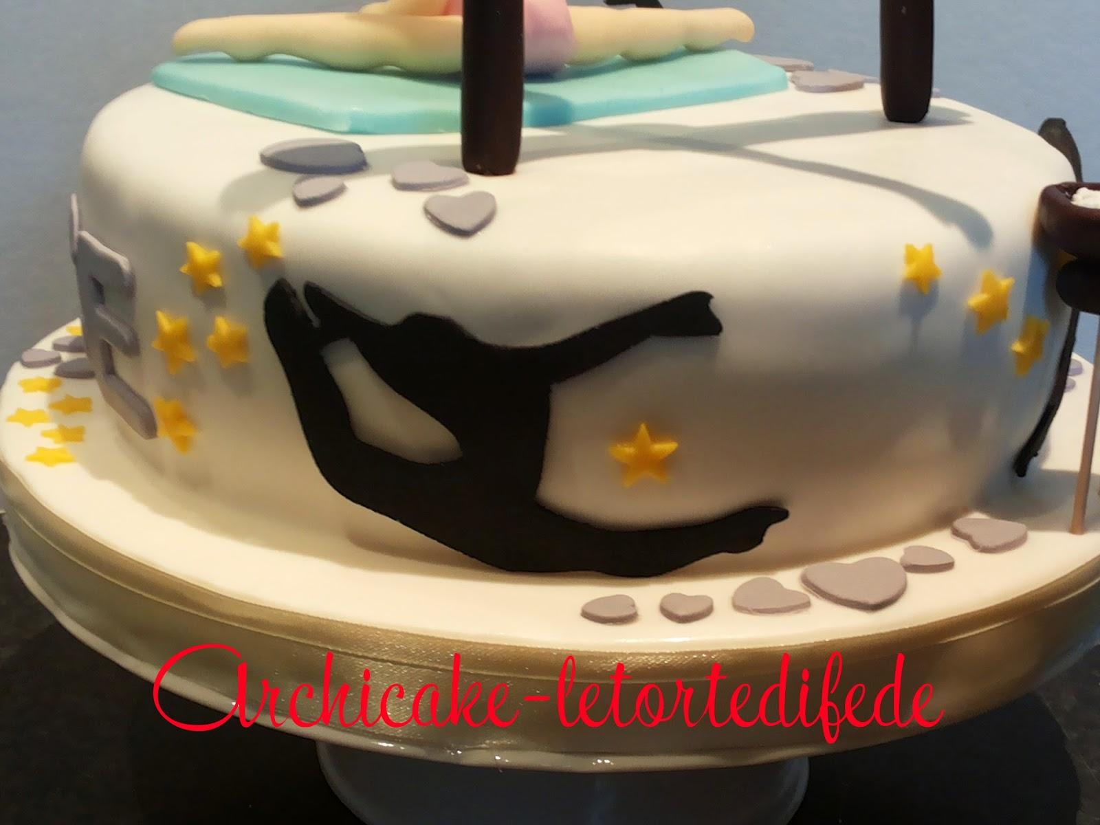 Archicake le torte di fede ginnastica artistica for Decorazione torte ginnastica ritmica