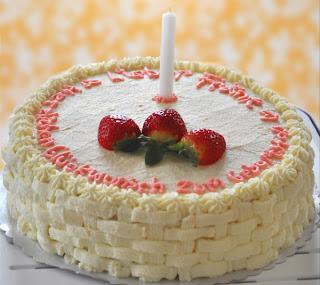 kue+ulang+tahun Resep dan Cara Membuat Kue Ulang Tahun