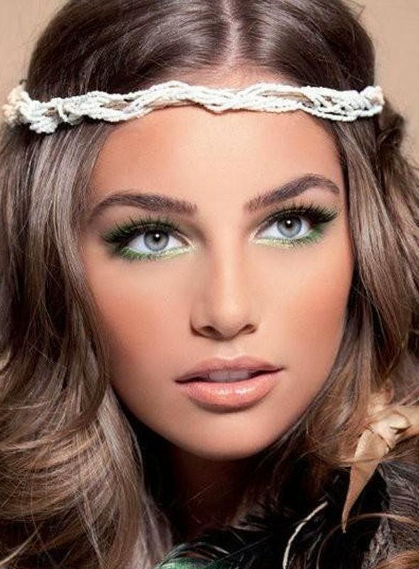 Maquillage fin visage et yeux bleu, tendance maquillage 2014
