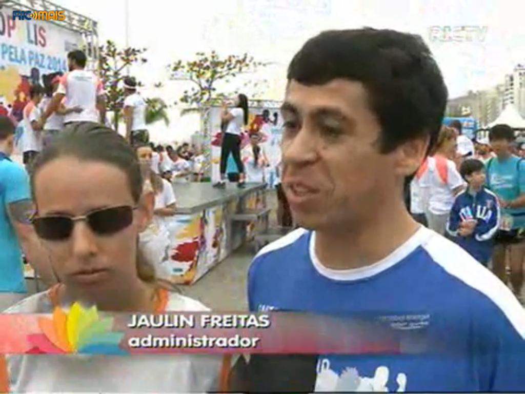 http://ricmais.com.br/sc/ver-mais/videos/mais-de-duas-mil-pessoas-participam-da-corrida-pela-paz-em-florianopolis/
