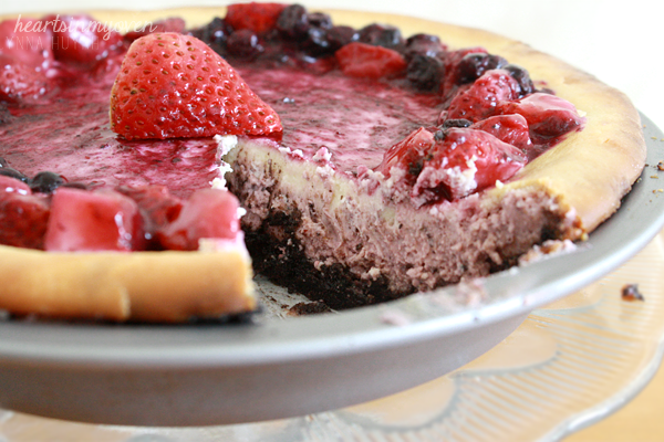 Hearts in My Oven: Lemon Berry Cheesecake Pie