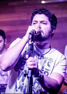 Bruno Velt se apresenta no Aqua Bossa Lounge