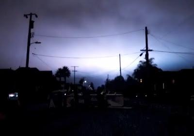 extrañas luces en el cielo en california, agosto 2013