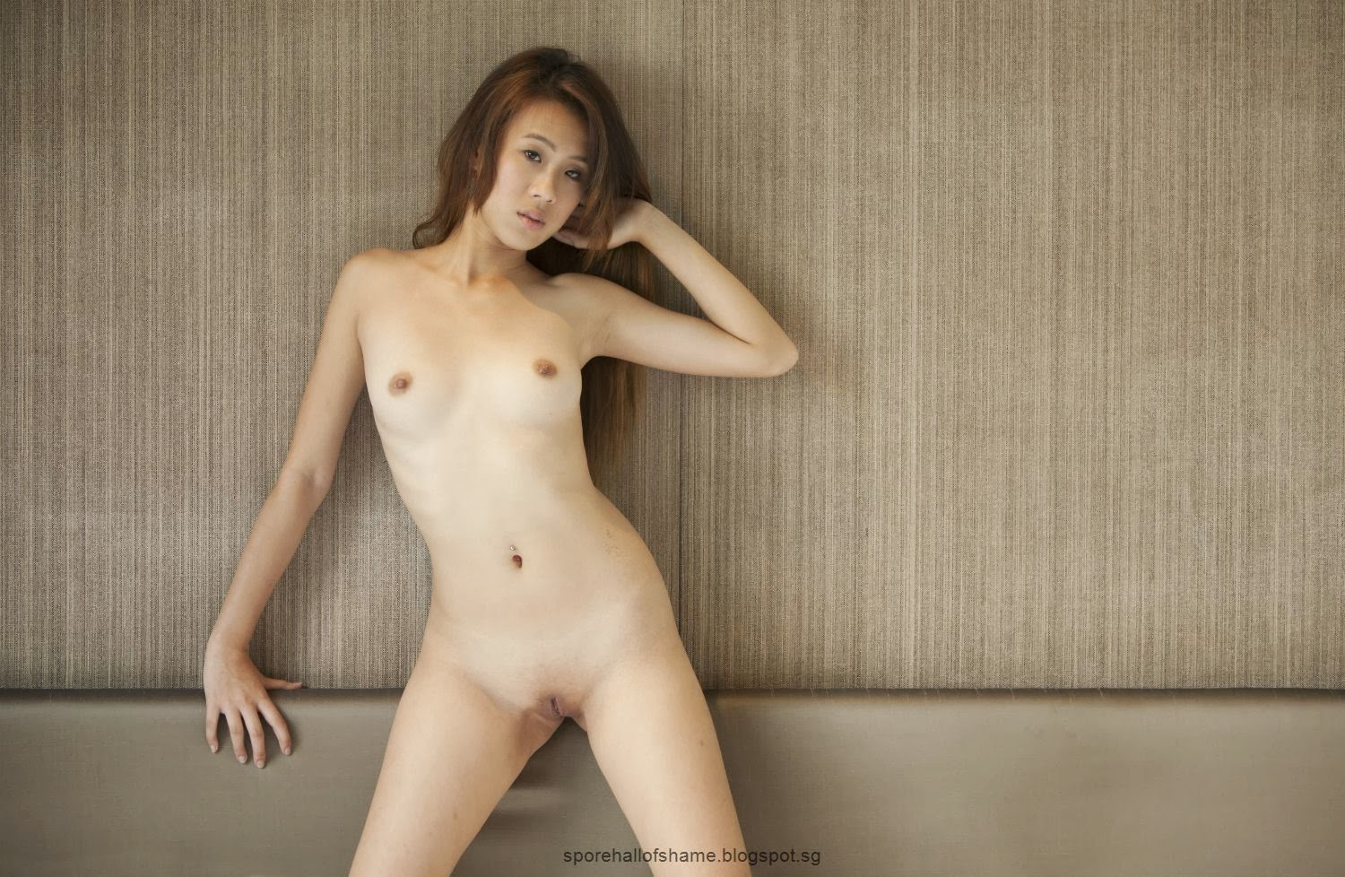 singapore poly nude photo
