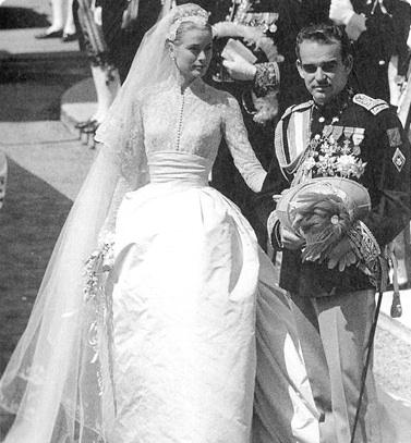 princess grace kelly wedding dress. grace kelly wedding dress.