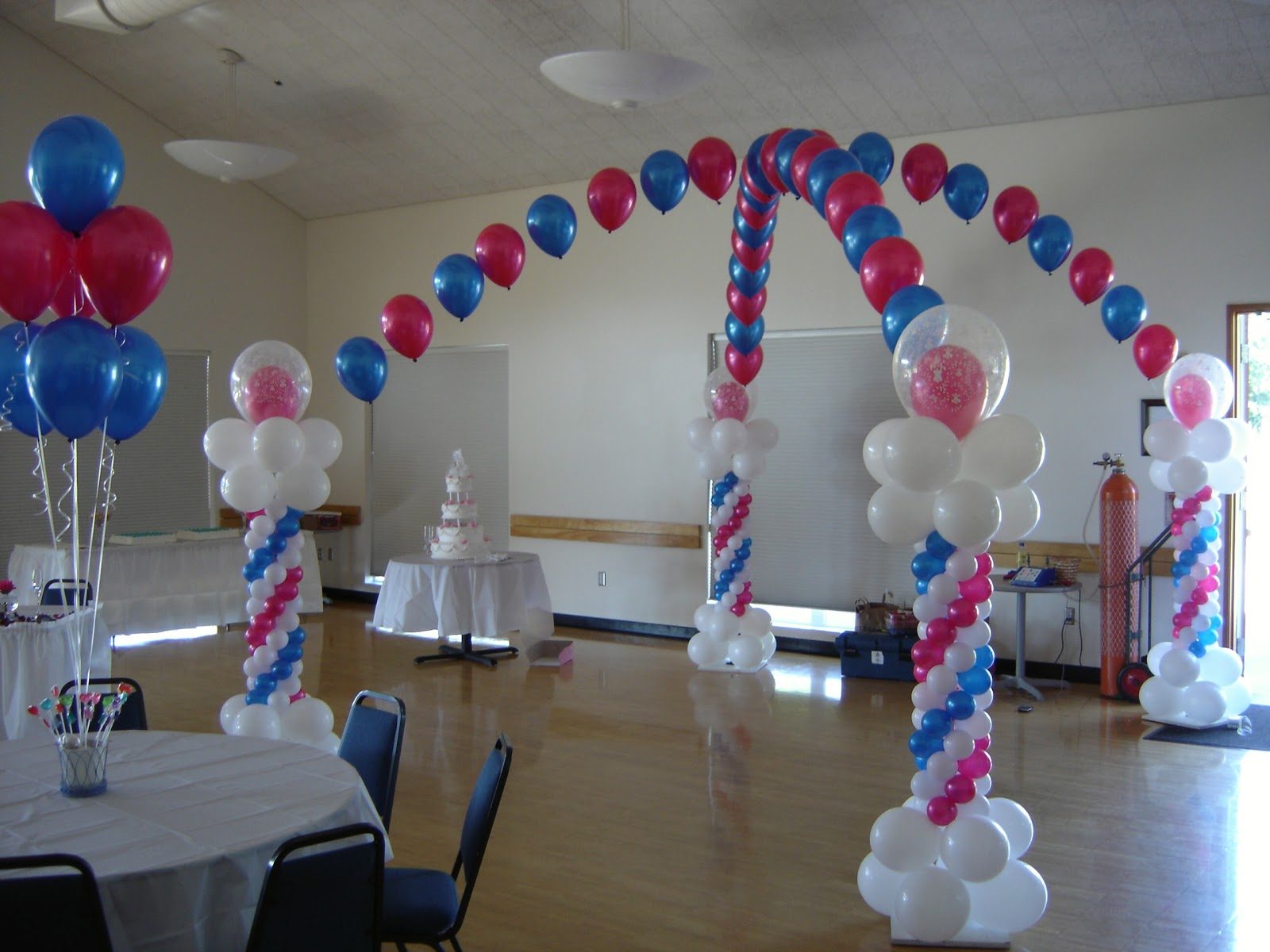 Balloon designs pictures balloon decor for Balloon decoration accessories