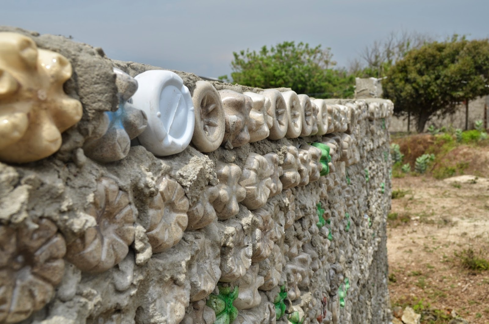 This world of water how to recycle plastic bottles the for Building with recycled plastic