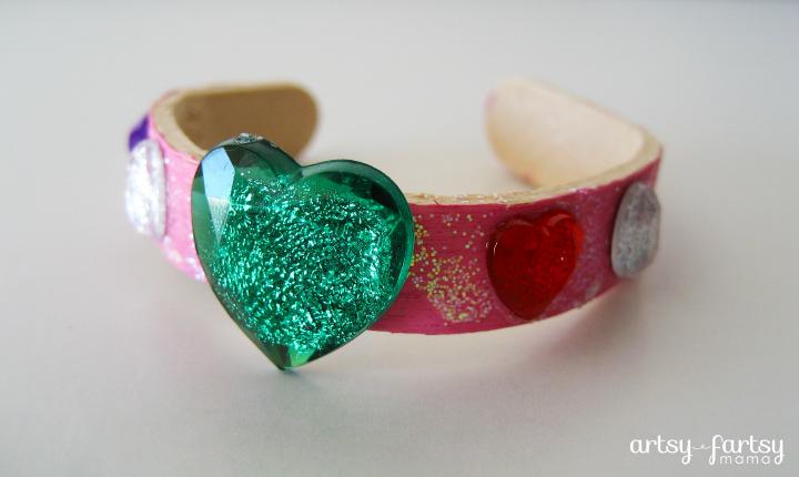 DIY Popsicle Stick Bracelets at artsyfartsymama.com