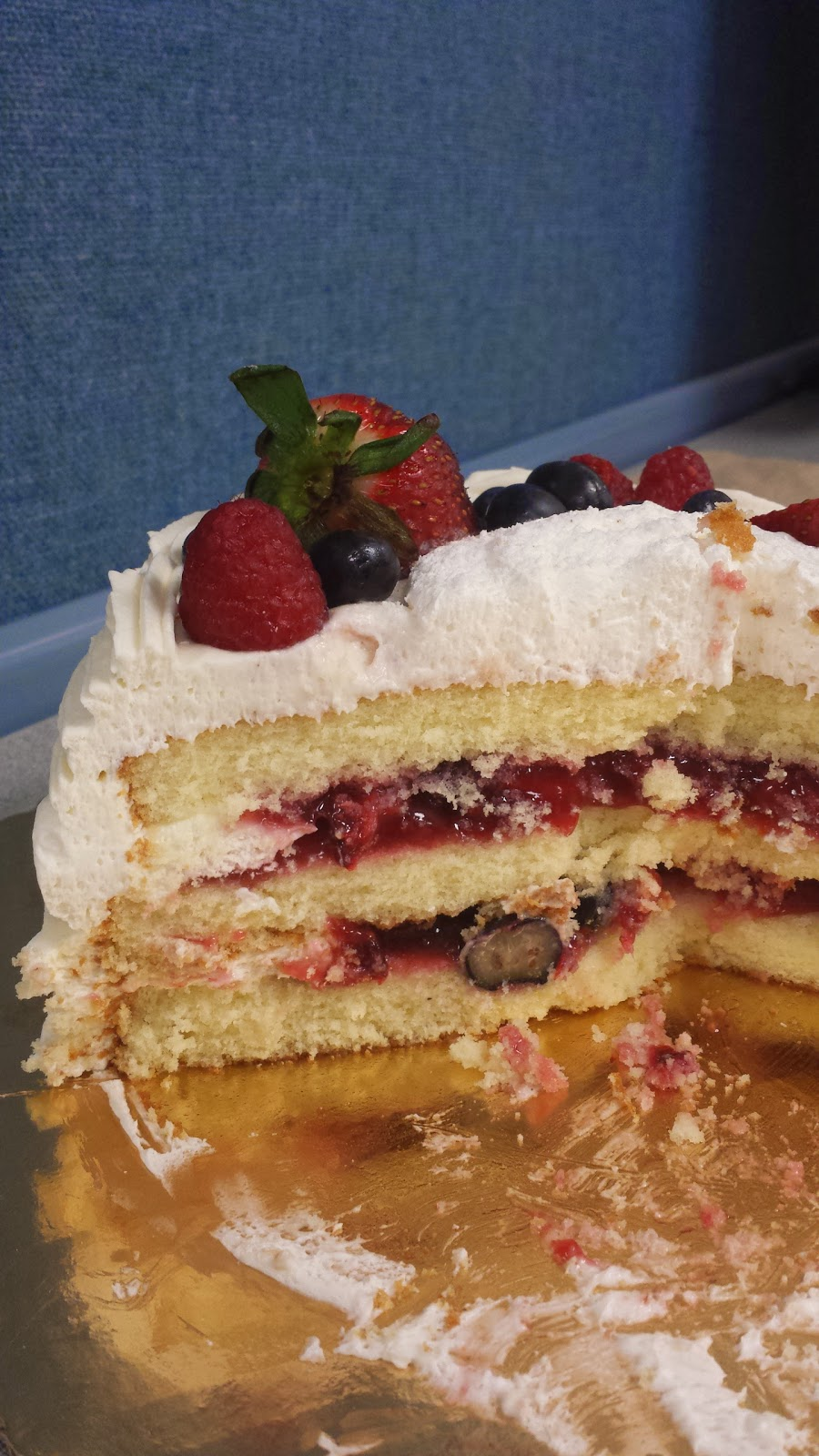 Chantilly Cake Review
