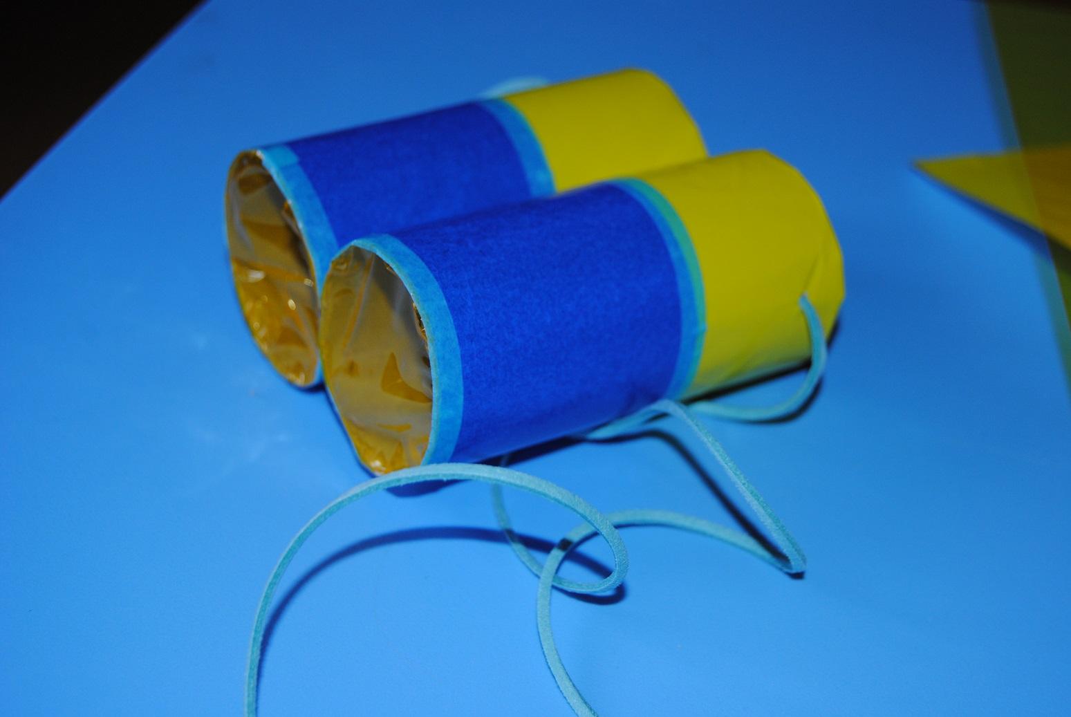 Hice Del Baño Color Amarillo:Trastadas de Mamá: Prismáticos DIY