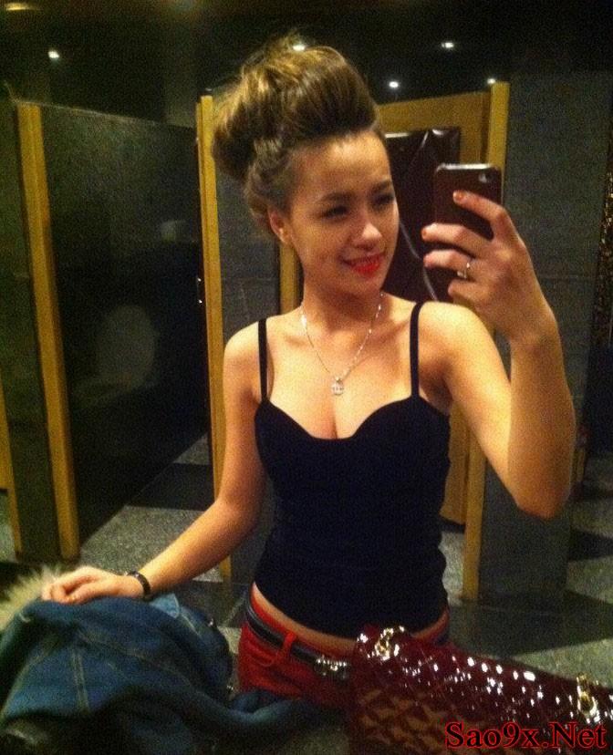 7 Nữ DJ Tit khoe ngực khủng nóng bỏng