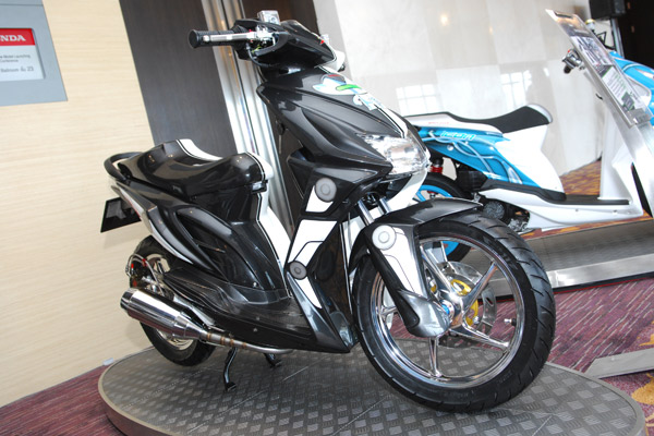 modify icon honda beat Black colour Gambar Modifikasi Honda Beat Terbaru
