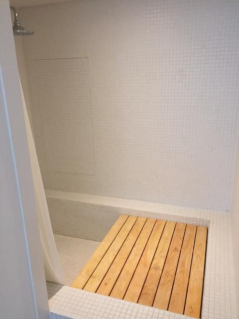 首爾小房子大門飯店 (Small House Big Door) - 淋浴間
