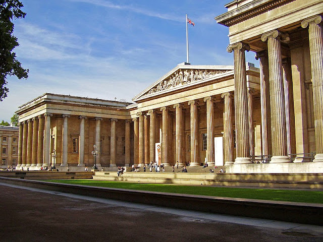 British Museum (main entrance) - London, UK | Travel London Guide