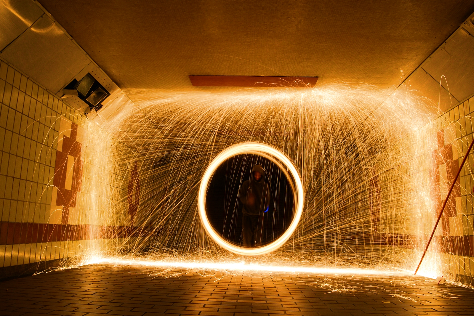 Light painting orb with led steel wool by aizuddin for Lights for paintings