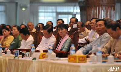 စိတ္ဝင္စားမႈနဲ႔အတူ စုိးရိမ္ေနရတဲ့ တရားဥပေဒစုိးမိုးေရး (Tu Maung Nyo)