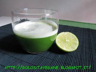 analcolico, Bevande, Buona Pasqua Vegan, centrifuga, lime, mele, ricette vegan, sedano, spinaci,