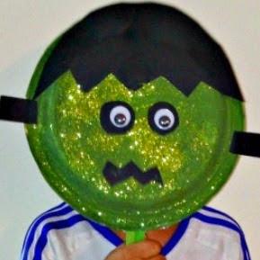 http://manualidadesparaninos.biz/caretas-o-mascaras-de-frankenstein/