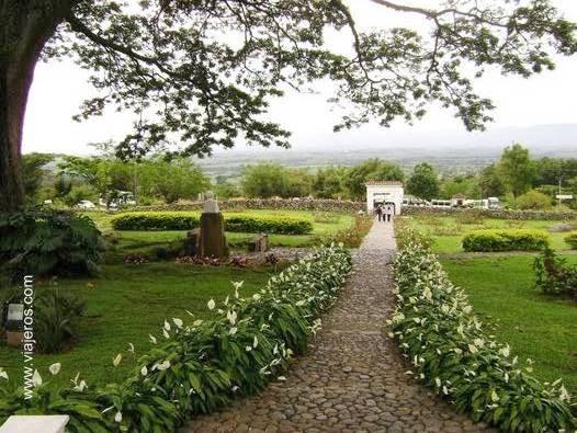 Parque en casa de hacienda de Santa Elena, Colombia