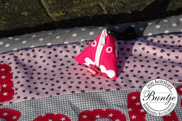 Krabbeldecke Geschenk Name Geburt Taufe Mädchen pink grau Baumwolle Tiere Zebra handmade Buntje nähen