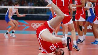 O que é o rolamento no Voleibol?