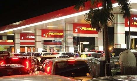 Naikkan BBM, Jokowi Langgar UU APBN