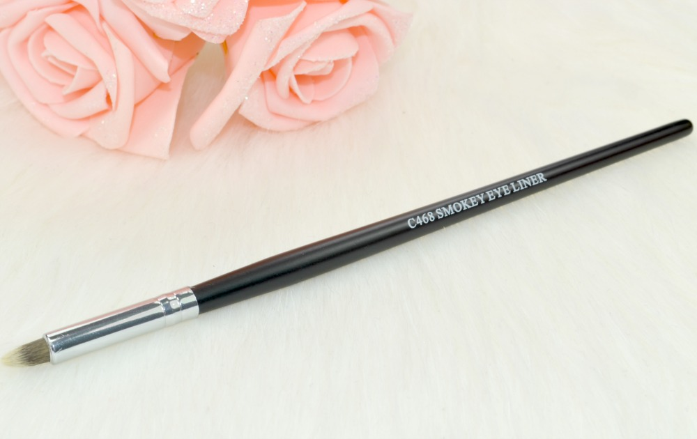 Crownbrush C468 Smokey Eye Liner Brush
