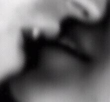 El erotismo da miedo porque se lleva las palma en el exceso, se abre en la superabundancia y en lo