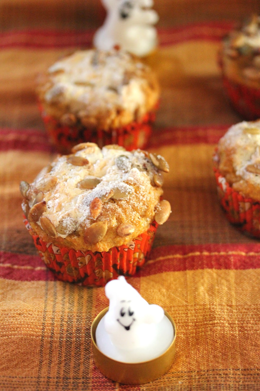 Kitchen Grrrls.: Pumpkin Spice Cream Cheese Muffins