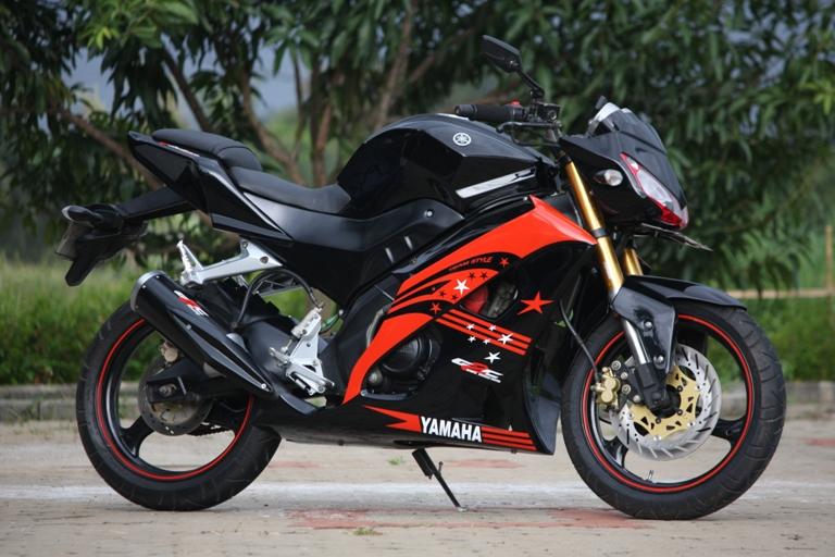 Modifikasi Motor Yamaha R25