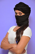 Priyanka Pallavi face covered Photos-thumbnail-7