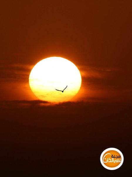 إنَّ مَعَ العُسْرِ يُسْراً SUN.jpg