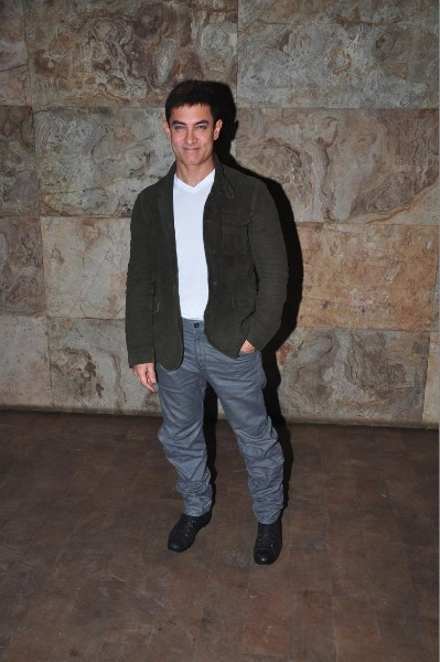 Amir Khan at special screening of 'Ship Of Theseus'