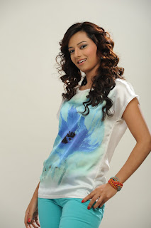 Actress Isha Chawla  Picture Shoot Pictures 007.jpg