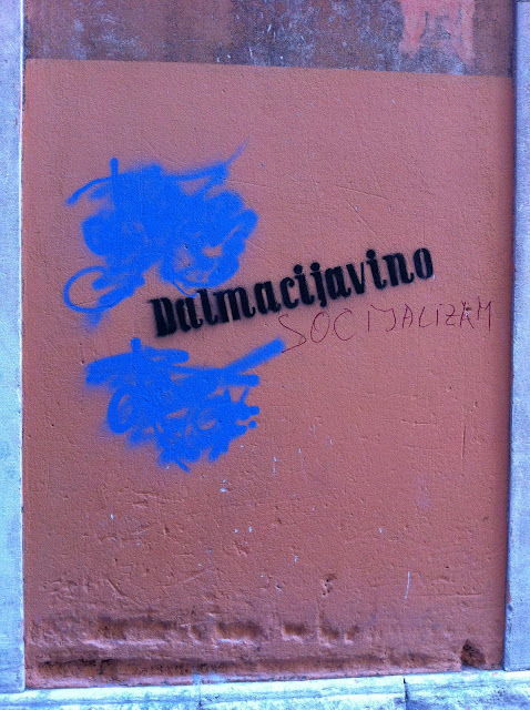 Graffiti, Split - 'Dalmacijavino Socijalizm'