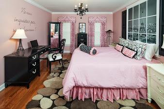 #2 Fabulous Interior Design Bedroom Pink