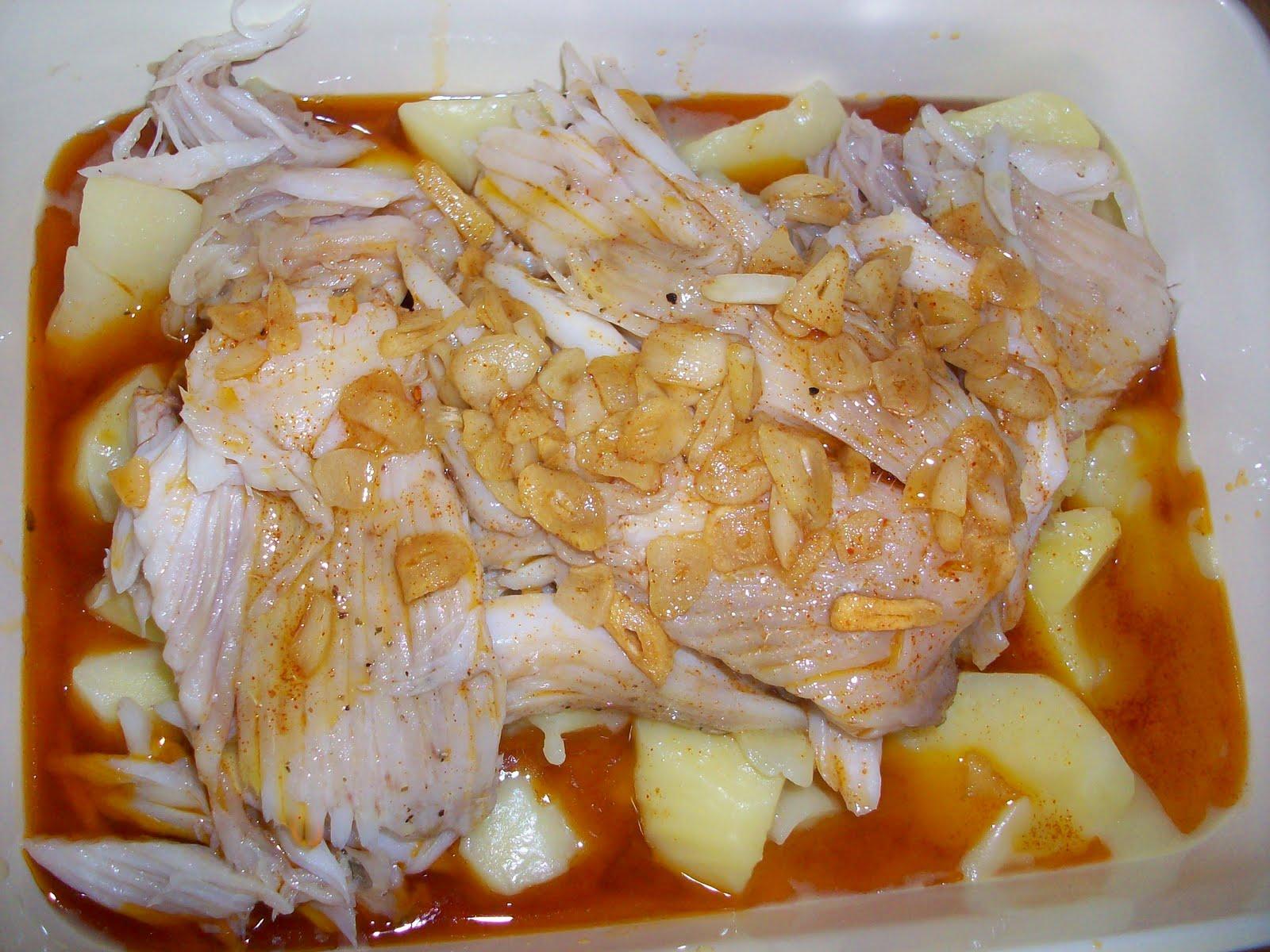 Sabores de ayer y hoy raya a la gallega en thermomix for Cocinar raya a la gallega