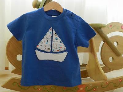 Camiseta patchwork. Camiseta con aplicación. Camiseta manga corta niño. Camiseta niño. Camiseta manga corta. Camiseta barco..
