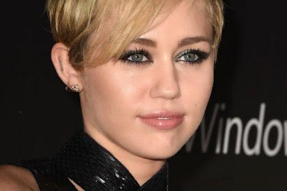 Kelakuan 'Gila' Miley Cyrus