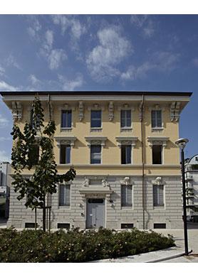 4bildcasa pianoprimo una casa per il design - Documenti per affittare una casa ...