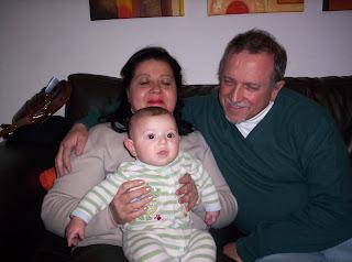Abuelos y Nacho