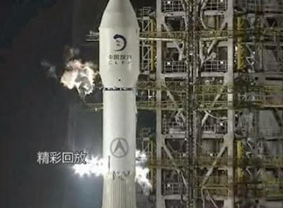 la-proxima-guerra-china-lanza-cohete-a-la-luna-estrella-de-la-muerte-base-de-misiles