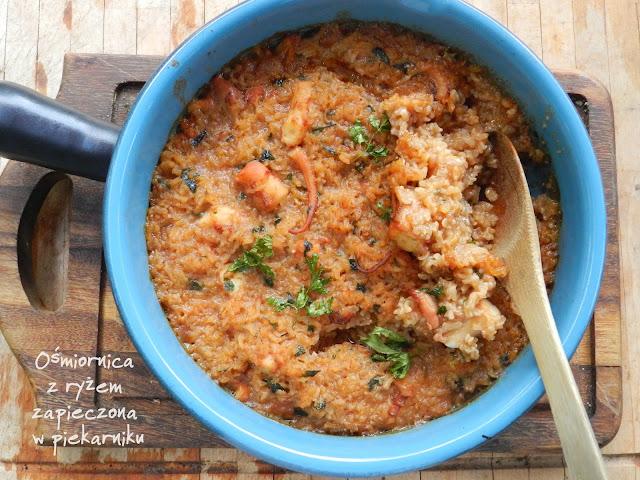 Ośmiornica z ryżem z zapieczona w piekarniku