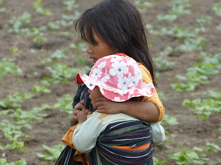 lovely travel of nomadic dad - around the world famly travel with kids - Vietnam