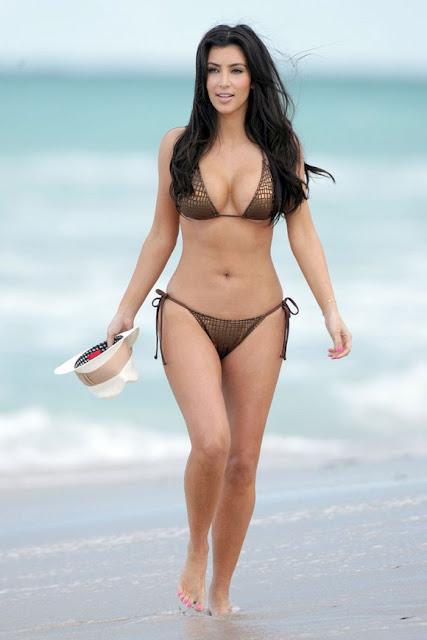 http://2.bp.blogspot.com/-Hj1f_s-MgZ8/TaWwffoCJVI/AAAAAAAAA5Q/CqnrsBaL0Rk/s1600/kim-kardashian-bikini.jpg