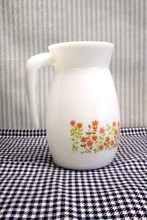 carafe vintage shell, motif floral, années 70