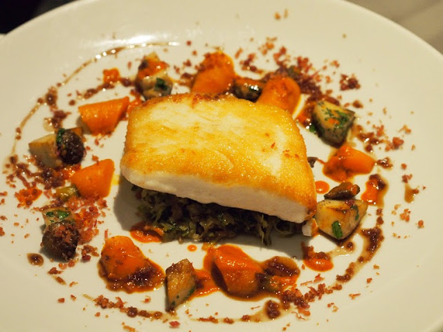 roast halibut kitchen w8